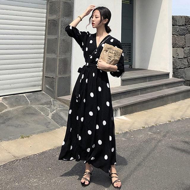ドット柄 マキシワンピース 黒 ブラック 長袖 春...