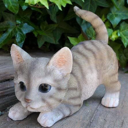 猫の置物 シバトラの子猫 伏せ 6480HT キャ...
