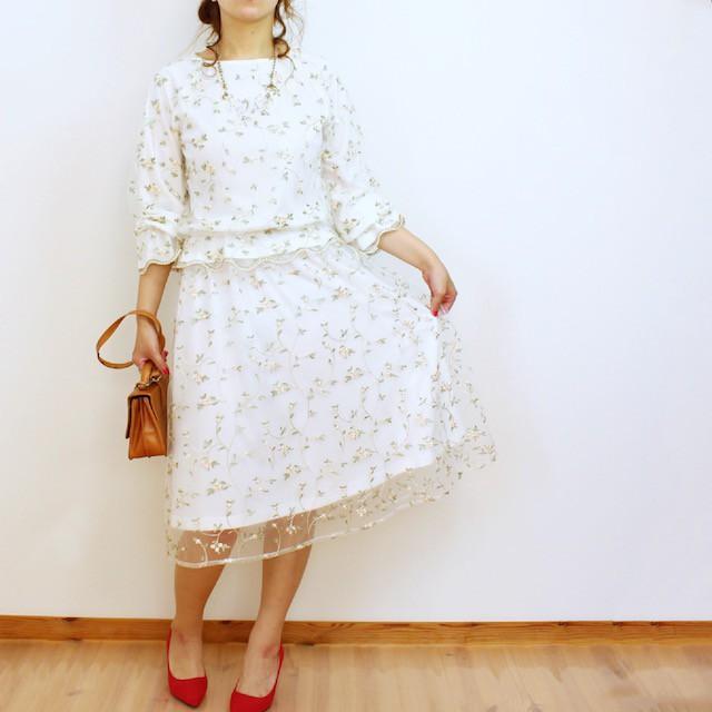 花刺繍チュールスカート
