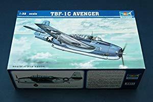 トランペッター 1/32 TBF-1C アヴェンジャー プラ...