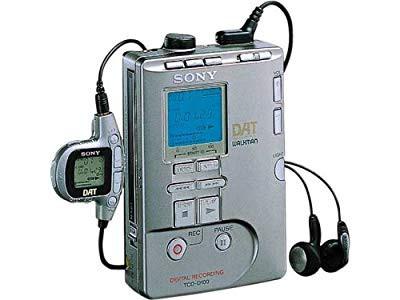 SONY TCD-D100 レコーディングDATウォークマン(中...