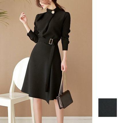 「オールブラックの鉄板」お呼ばれドレスに困った...