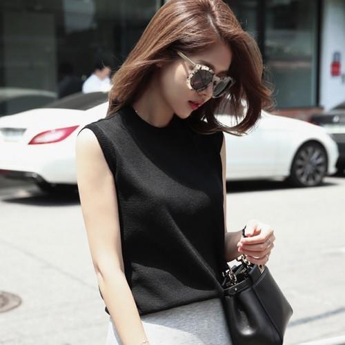 選べる5色!使いやすい日常のシンプルコーデに♪ノースリーブニットTシャツ【0566】