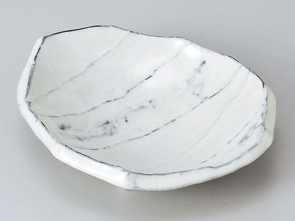 粉引彫13cm小皿