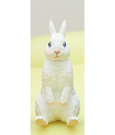 【ホワイト】座る兎