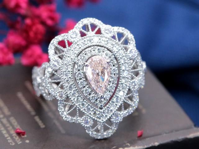 ピンクダイヤモンド 0.568ct FANCY LIGHT ORANGY ...