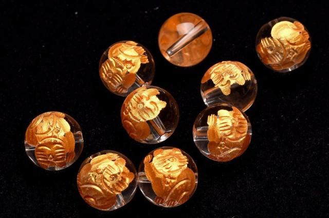 水晶金彫招き猫(右手) 10mm 3粒セット 彫刻ビー...