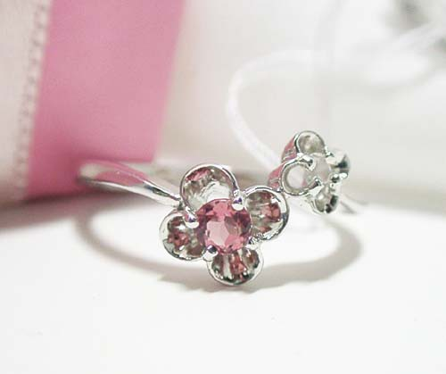 ピンクトルマリンのお花リング:K18WG