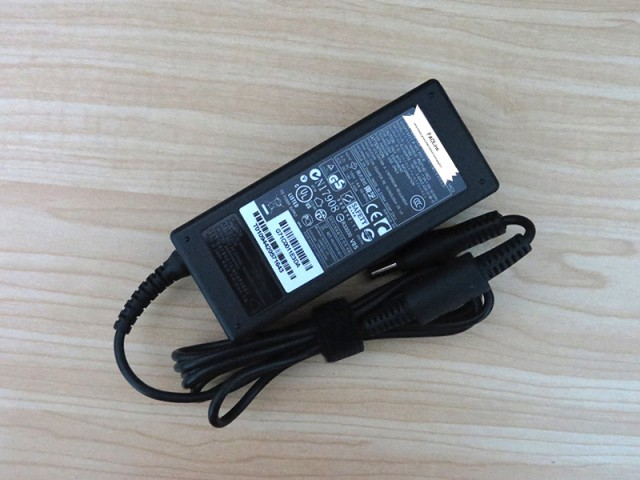 新品互換 東芝 19V 3.42A 65W Toshiba dynabook M...
