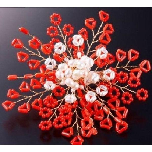 珊瑚の華やかコサージュ 日本製 フォーマルにも...