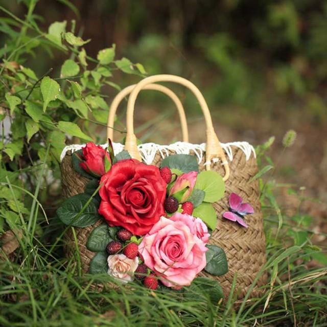 上品Ladyの夏バッグはコレで決まり!かごバッグ レディース カゴバッグ トートバッグ 花柄付きバッグ リゾートバッグ ストローバッ