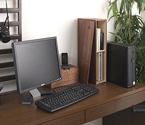 桐 ルーターボックス パソコンモニターの横に設置してルーターをすっきり収納。