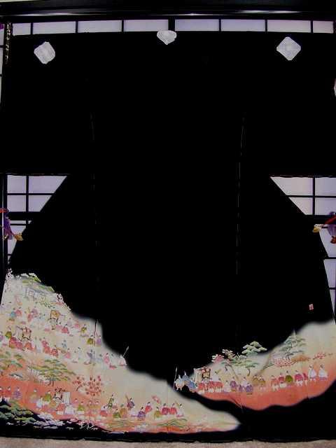 2019年新作 ■正絹黒留袖・お誂え仕立て付■(平安絵巻柄)no201-和装・和服