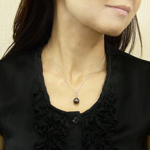 ネックレスペンダント 黒真珠パール 月 PT900 プラチナ ネックレス ダイヤモンド ジュエリー