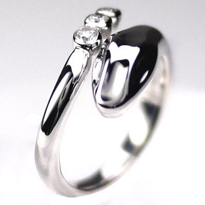 爆売り! (リュイール)Luire スネークリング ヘビ指輪 ダイヤリング スリーストーン ヘビ指輪 プラチナ900, 芦屋市:d8d61fcf --- zafh-spantec.de