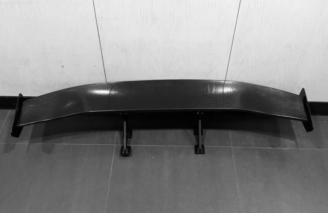 【メーカー包装済】 カーボン ウイングスポイラー GTウイング  幅136mm 汎用タイプ 送料無料, COLOR WARDROBE 63196b7b