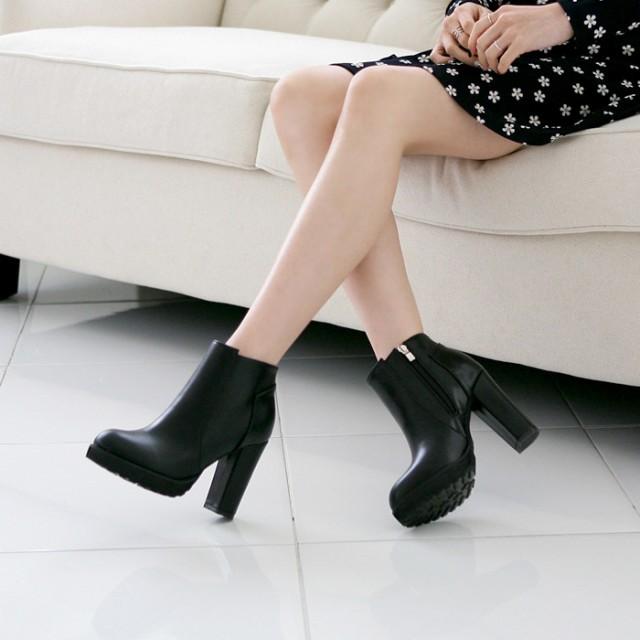ブーツ レディース アンクル丈 太めヒール 美脚 サイドファスナー ブラック カジュアル きれいめ シンプル 大人 小さいサイズあり チャン