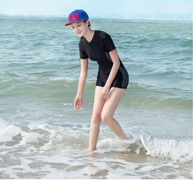 フィットネス水着 半袖 ラウンドネック 体型カバー スポーティー 日焼け対策 ジム プール 競泳用 オールシーズン