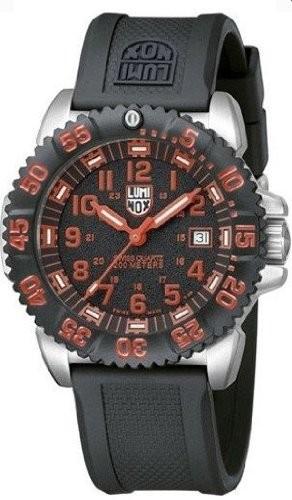 割引購入 Luminoxメンズ3165?stainless-steelアナログRubber Bezel Watch-腕時計メンズ