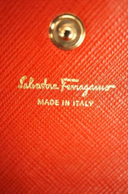 サルヴァトーレフェラガモ Salvatore Ferragamo 長財布 サイズ表記無 レディース 【中古】【ブランド古着バズストア】