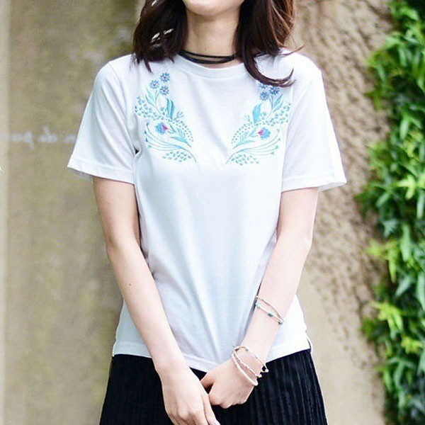 ジーラ バイ リュリュ(ファッション)(GeeRA by RyuRyu)/【WEB限定】刺しゅう使いTシャツ