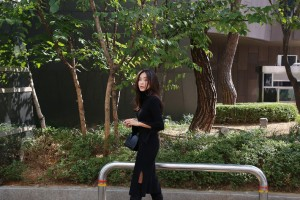 ハイネック 袖スリット リブニット ワンピース トレンド レディース 服 送料無料 【ブラック】