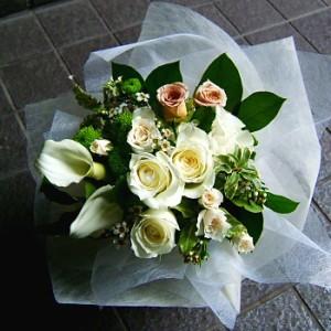 【結婚祝いの花 父の日 10】 おまかせ! ホワイトブーケ 花束  花ギフト結婚祝いの花祝い、