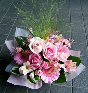【結婚祝いの花 父の日 34】 おまかせ!ピンク系アレンジメント 花ギフト結婚祝いの花祝い、誕