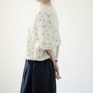 送料無料Tシャツ ゆったり  Tシャツ 花柄Tシャツ 小花Tシャツ ベルスリーブTシャツ レディース 森ガール 5分袖