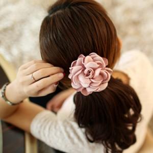 フラワーヘアゴム コサージュ ヘアゴム 髪飾り ヘアアレンジ フラワーモチーフ ヘッドアクセ ヘアアクセサリー 結婚式 ウエディング パー