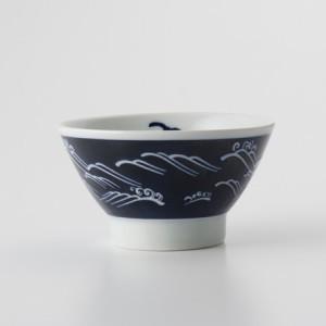 ご飯茶碗 食器・調理器具 波文様 青 飯碗 日本製 国産 キッチン用品 食器 和食器 陶器 和風 料理 3000円以上送料無料