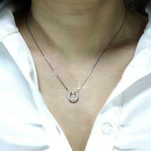 (リュイール)Luire 馬蹄 ダイヤモンド ホースシュー ペンダント ネックレス お守り プラチナ900