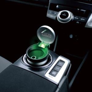 大型車載用灰皿 グリーンLED照明付きで夜間も便利/槌屋ヤック/YAC:PZ-632