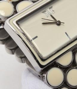 デイビス クオーツ 腕時計 ホワイト DAVIS レディース【中古】