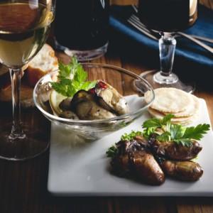 送料無料 「わたやの室」セット 初体験のぷりぷり食感。ワインによく合う広島牡蠣オイル漬け2種セット