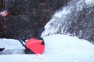 電動除雪機 スノーエレファント D-1000 電動 雪 雪かき 自動 楽々 冬 パワフル スピーディー 簡単 除雪(代引不可)【送料無料】