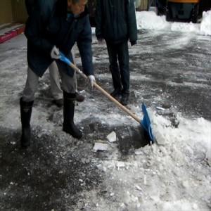 【送料無料!ポイント2%】 カチ割りプッシャー  雪カット 雪おとし 雪かき 雪掻き 除雪