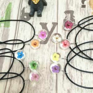 ネックレス ペンダント ドライフラワー 梅の花 押し花 透明 クリアボール ガラス玉 球体 レディース アクセサリー ジュエリー