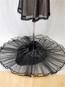a844ca5ddd8c9 パニエ007 45cm丈のドレスのインナーパニエ チュールの2枚重ね 裏地付き 膝丈 F フリー 白 黒 即納の通販はWowma!(ワウマ) - ドレス 大好き!