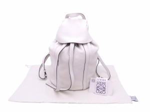 【おすすめ】【中古】ロエベ バックパック リュック ホワイト レザーxシルバー金具 送料無料 e45143a