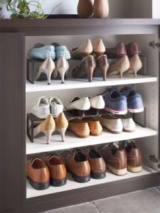 靴箱 下駄箱の中の収納力を倍にする伸縮シューズラック 下駄箱のサイズに合わせて伸縮可能