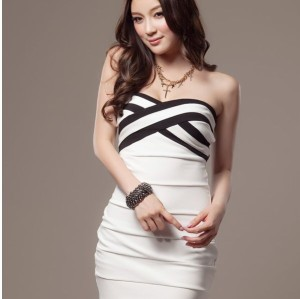 036f4462a1317 ベアトップ セクシーワンピース ミニ 全2色 ドレス タイトの通販はWowma ...