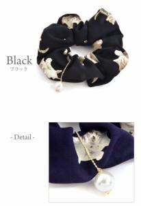 シュシュ ネコ ねこ 猫 キャット パール チャーム付き アンティーク 調 プリント 柄 Luxury's ラグリーズ ヘアアクセサリー