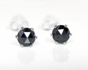 K14WG ブラックダイヤモンド ピアス ローズカット 4mm 『左右トータル約0.5t』 【送料無料】