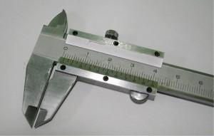 """""""ポケットサイズ高級ノギスMS-100(シルバーM型100m)「厚さ・巾・球・穴の直径の精密測定に」"""""""