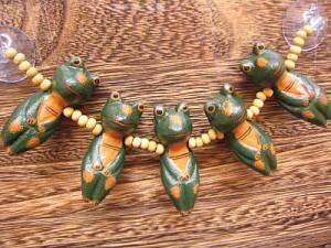 くっつきカエル君 5連 吸盤付 グリーン アジアン雑貨 バリ雑貨 インテリア 木彫り 木製 アニマル カエル メール便可