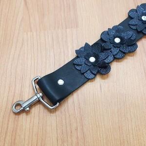 0ab73b28de38 ショルダーストラップ 単品 ブラック 54cm 革 バッグ用 交換 付け替え デコストラップ 花 フラワー ベルト 本革 レザー