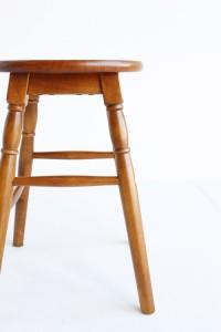 ロースツール 北欧 スツール 天然木 チェア ウッドチェア 椅子 いす おしゃれ ローチェア インテリア サイドテーブル アンティーク レト