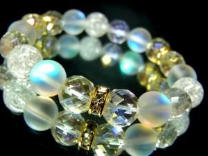 レインボー64面カット水晶ブルームーンストーンクラック水晶10ミリ金ロンデル数珠【天然石】【ブレスレット】【パワーブレス】【数珠】【