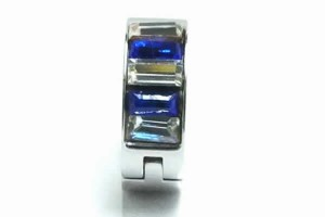 ディーゼルフープピアス(サファイア) 1個販売 ジルコニア クリスタル ブルー 青色 シルバー 銀色 18G 18ゲージ 耳 軟骨 リングピアス